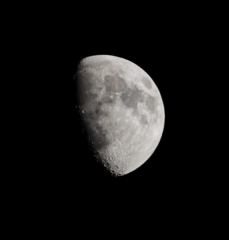 + Mond +
